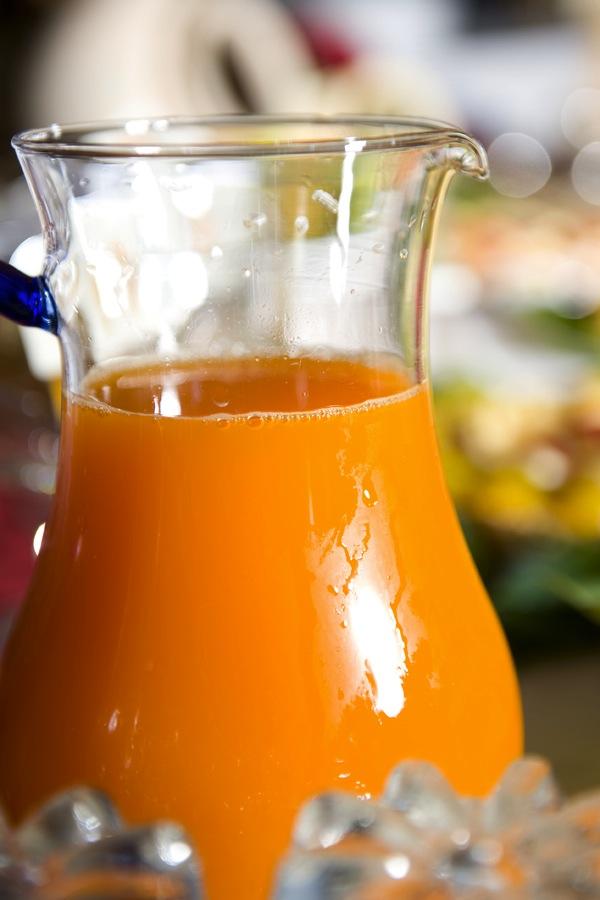 Dieta sana al NiloSira. La colazione al B&B Nilosira è preparata giornalmente dallo chef. Ogni mattina il vostro risveglio sarà accompagnato da torte fresche fatte in casa, dolci al cucchiaio, biscotti, yogurt, succhi, oltre che alle confetture e frutta fresca del Salento.