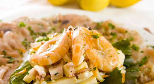 Al B&B Nilosira solo piatti della tradizione salentina, il pesce fresco è la particolarità di una cucina sana e genuina. I profumi del Salento saranno le coccole dopo una giornata di mare
